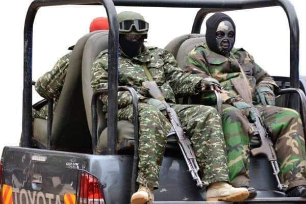 Army threatens to withdraw guards from political contenders over misuse -  Nile Post